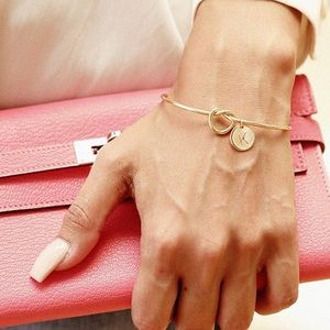 🆕Rose gold knot cuff bracelet w/ A initial charm